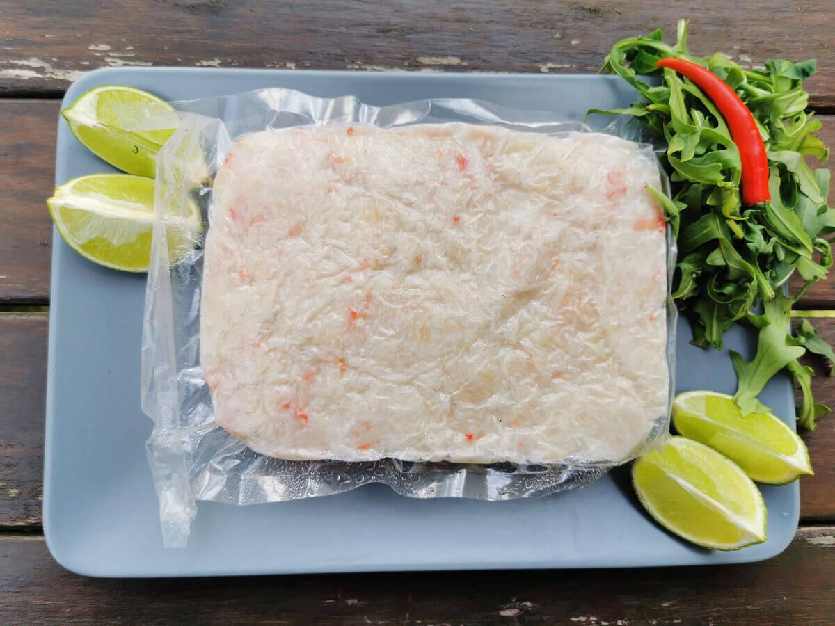 салатное мясо краба-стригуна